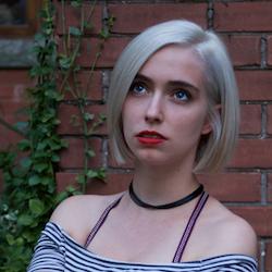 Jamie Hart Writer-Actress